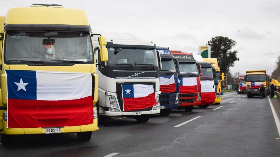 Paris llama a deponer el paro de camioneros: