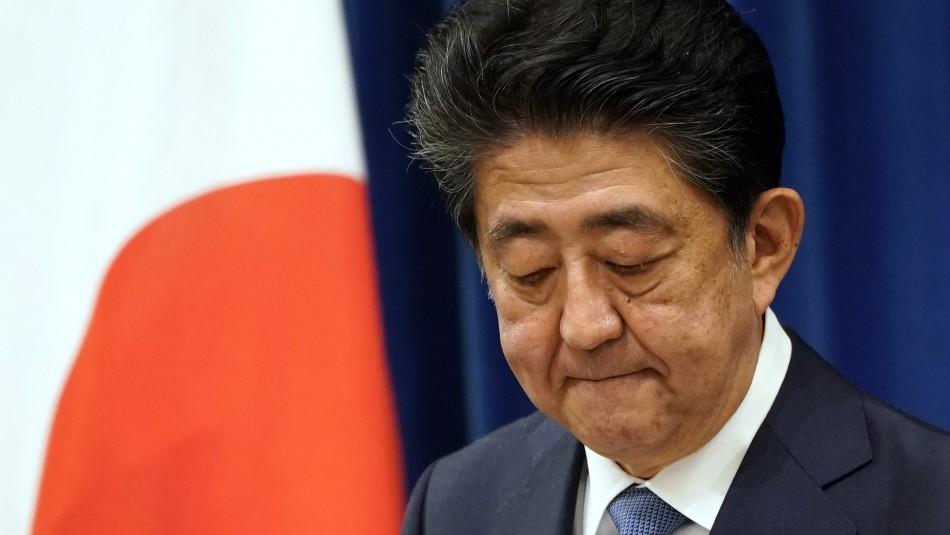 Colitis ulcerosa: La enfermedad que hizo dimitir a Shinzo Abe como primer ministro de Japón