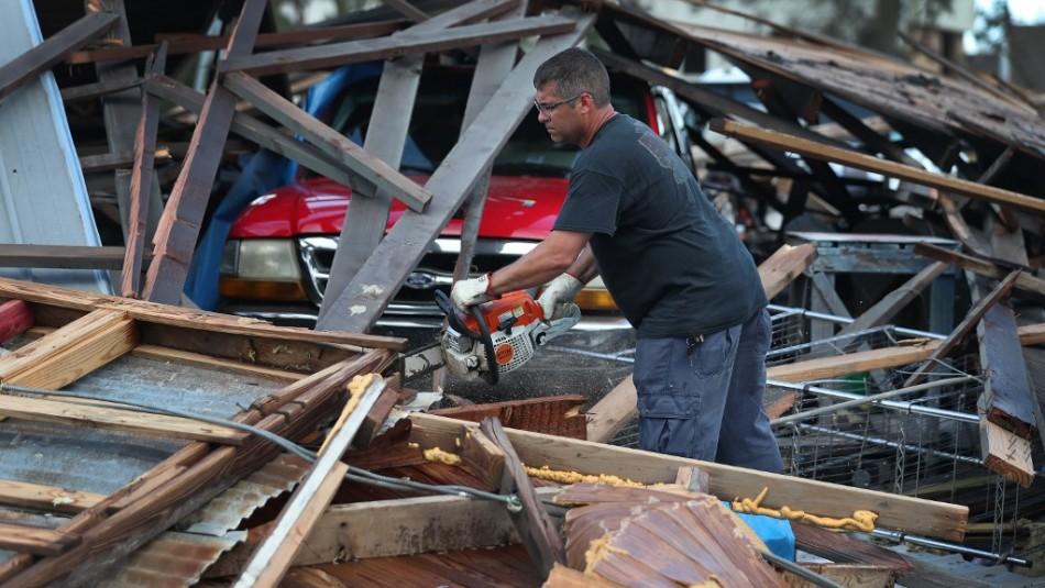 Huracán Laura deja 14 muertos en su paso por EEUU