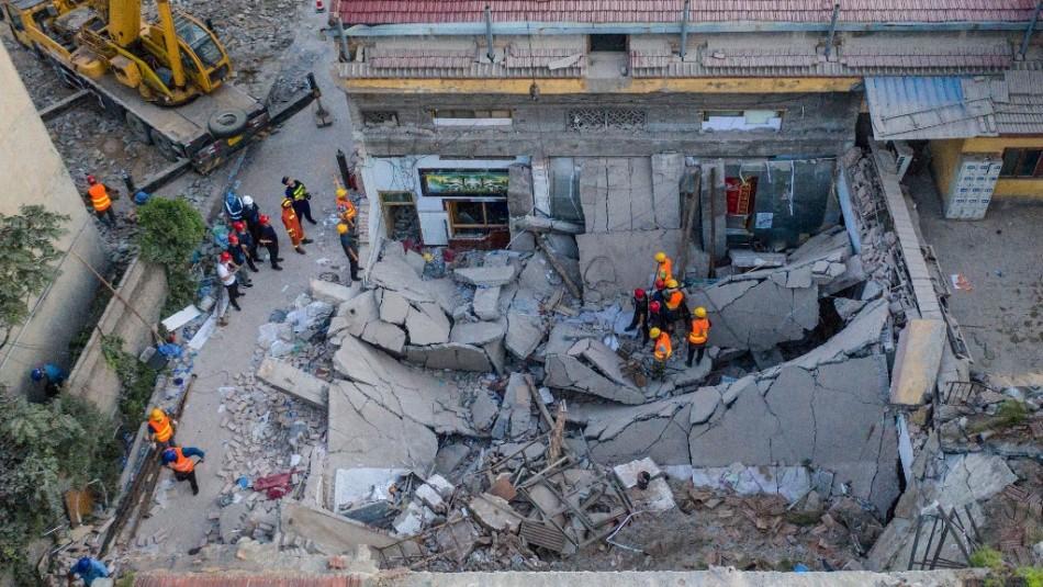 Al menos 29 muertos tras derrumbe de un restaurante en China