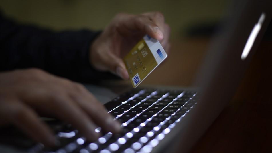 CyberDay 2020: Expertos enseñan a reconocer cómo son las estafas al comprar productos