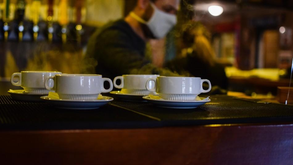 7 comunas a fase de Preparación: Ministro Paris explica cómo será la reapertura de restaurantes