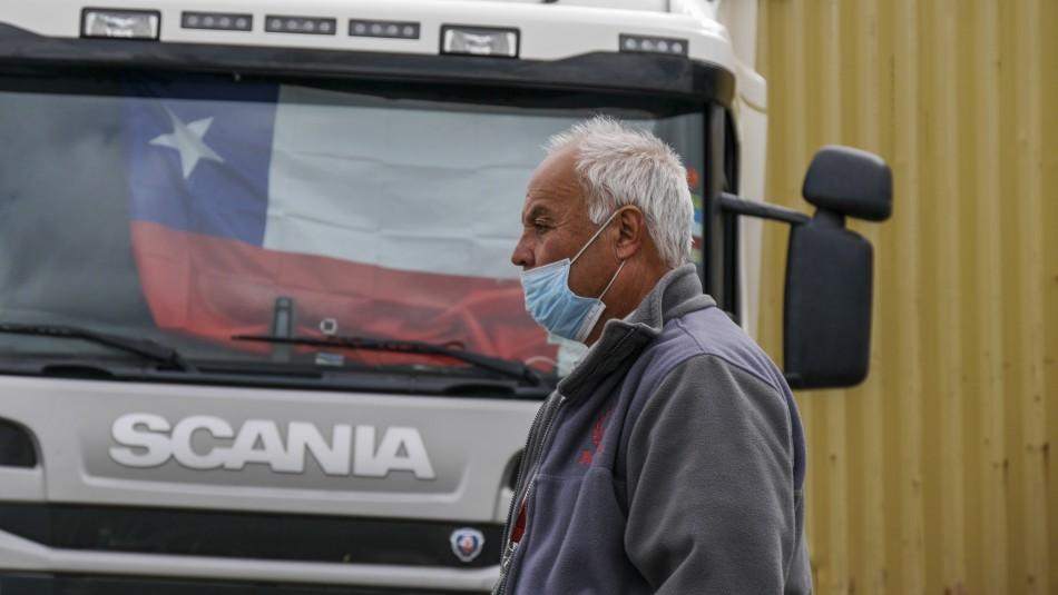 Bancada DC da ultimátum de 24 horas al ministro Pérez por paro de camioneros