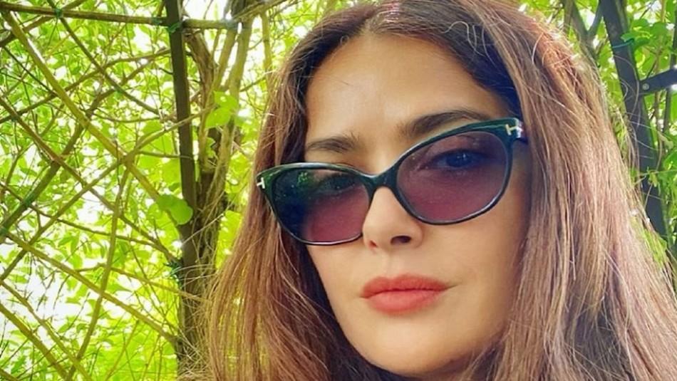 Salma Hayek celebra sus 54 años compartiendo foto que sorprende a las redes