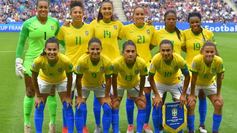 Brasil iguala sueldos de hombres y mujeres en selecciones.