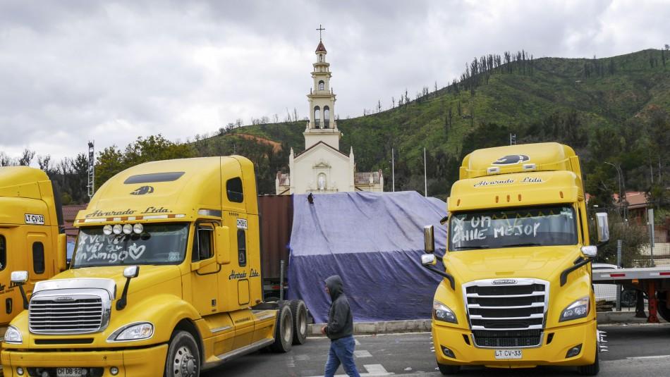 Camioneros de Valparaíso se retiran de la movilización