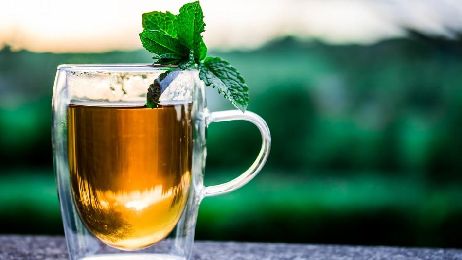 Infusión de menta: ¿Por qué es recomendable tomarla después de comer?