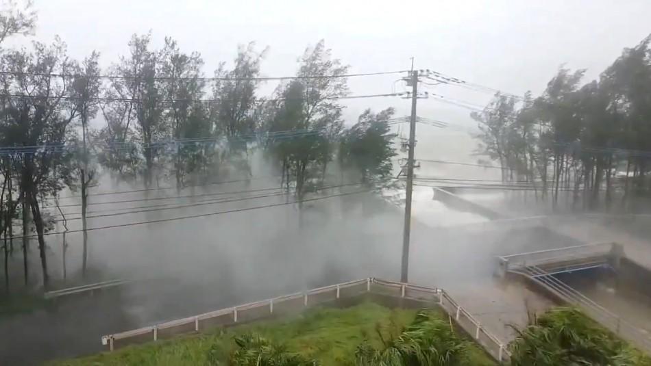 El tifón Haishen golpea Japón con violentos vientos y fuertes lluvias