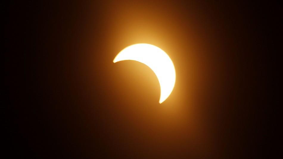 Eclipse de sol en diciembre: Incertidumbre en turismo de la región de La Araucanía por el evento