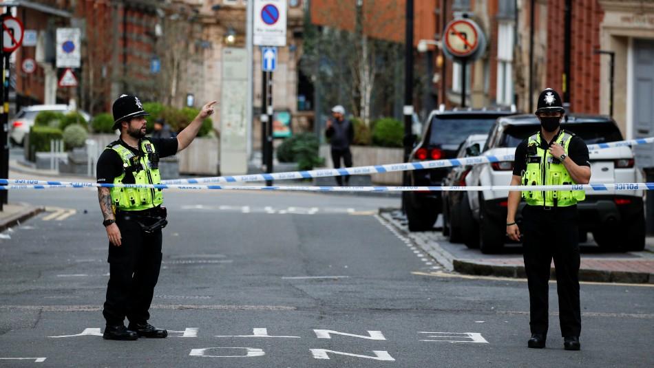 Un muerto y dos heridos muy graves tras varios apuñalamientos en Birmingham