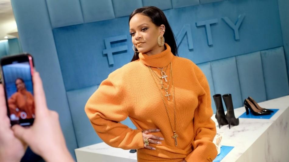 Rihanna sufre lesiones en el rostro tras accidente en scooter eléctrico