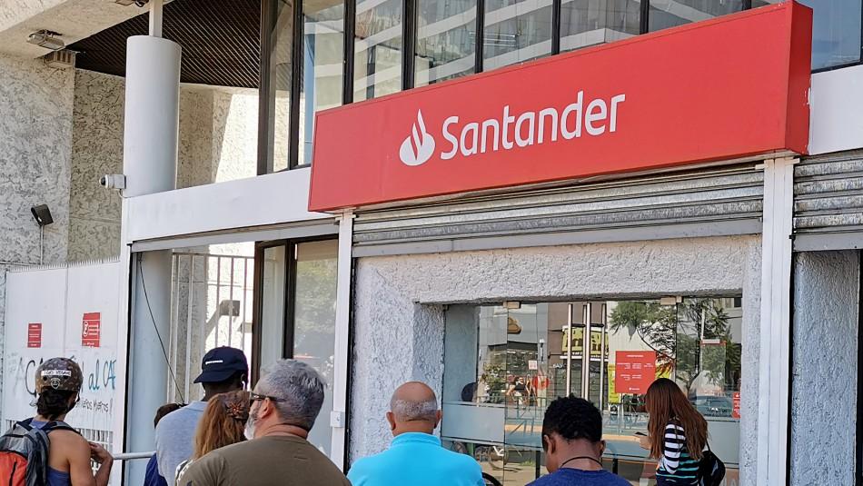 Reportan problemas con aplicación de Banco Santander