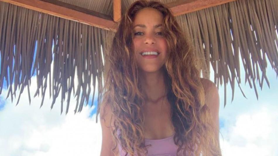 Shakira es furor en las redes sociales mostrando bikini diseñado por ella