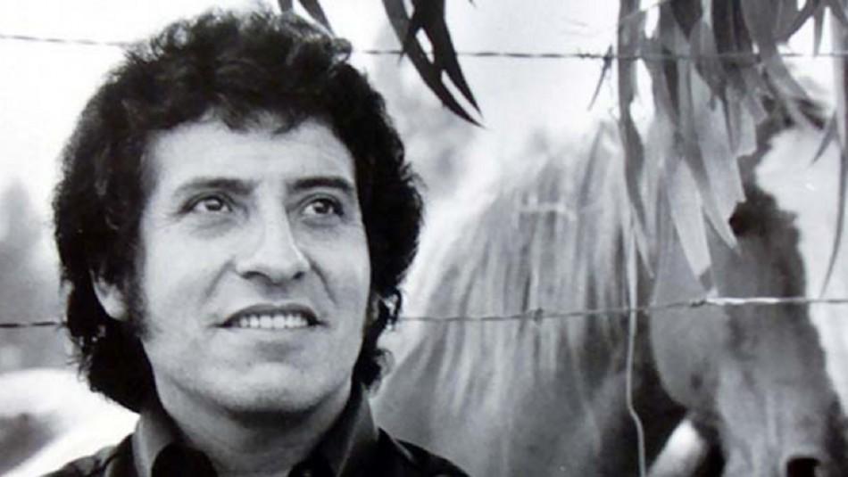 Fundación Víctor Jara responde a la UDI por uso de frase en campaña por el Rechazo