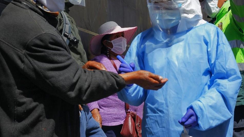 Perú registra menor cifra de nuevos contagios por primera vez en cuatro meses