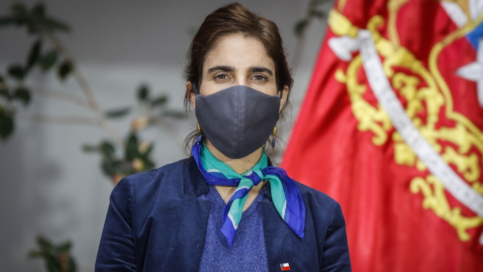 Ministra Zaldívar está a la espera de resultado de test PCR: Presenta cuadro de amigdalitis