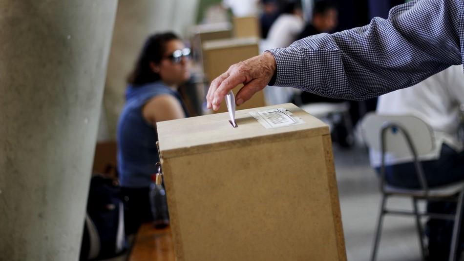 Intenso calendario: Chilenos podrían participar en siete elecciones en un año