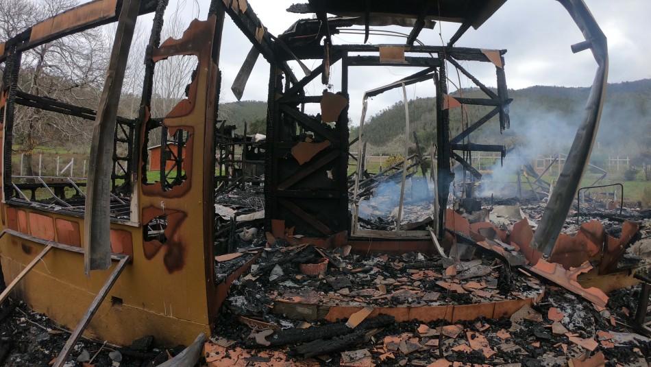 Madre exige justicia por muerte de su hijo tras atentado incendiario en Cañete