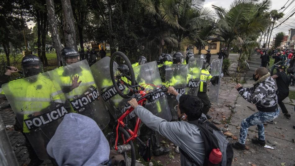 5 muertos en protestas por fallecimiento de un hombre por agresión policial en Bogotá