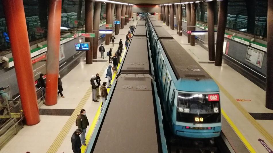 Horarios del Metro de Santiago en Fiestas Patrias.