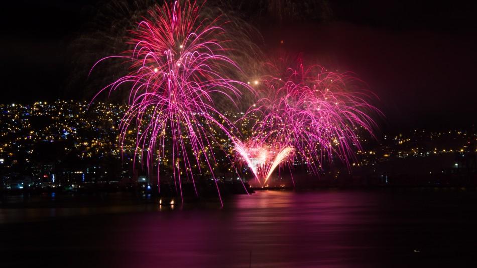Piden mantener fuegos artificiales de Año Nuevo en Valparaíso para reactivar la economía local