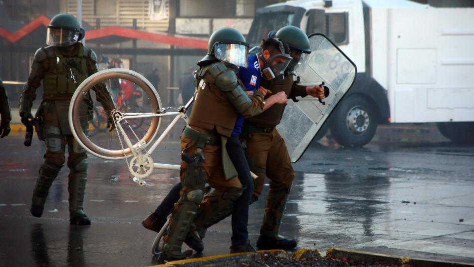 Incidentes se registran en nuevas manifestaciones en Plaza Italia