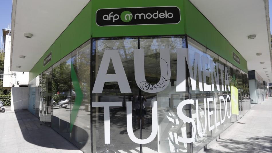 AFP Modelo confirma la renuncia de su presidente por