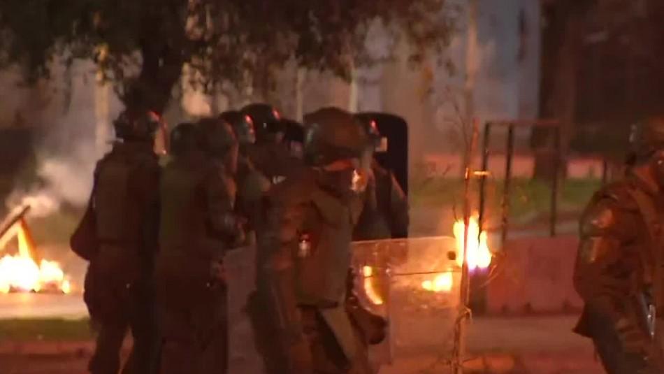 11 de septiembre: Incidentes dejan  17 detenidos y 10 carabineros heridos
