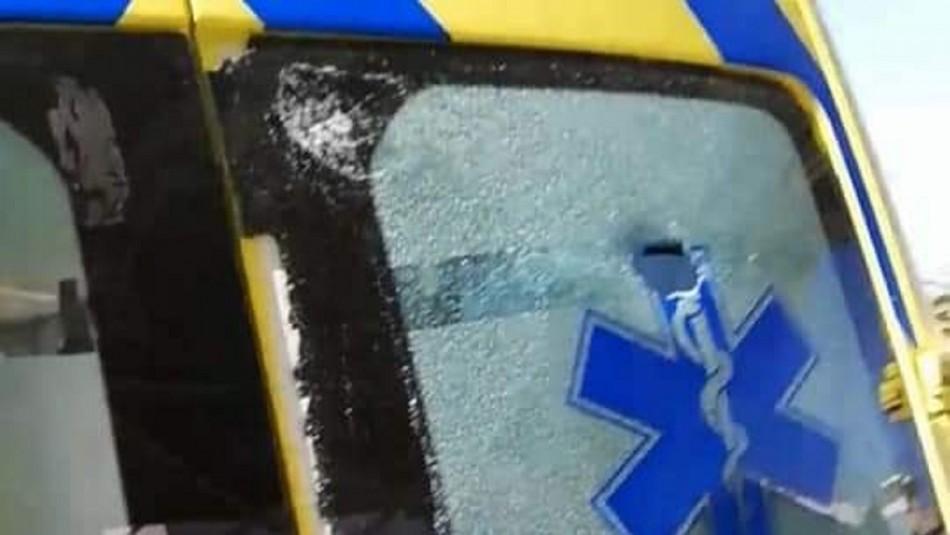 Vehículo del SAMU termina con daños tras agresión a presunto autor de delito sexual en Quintero