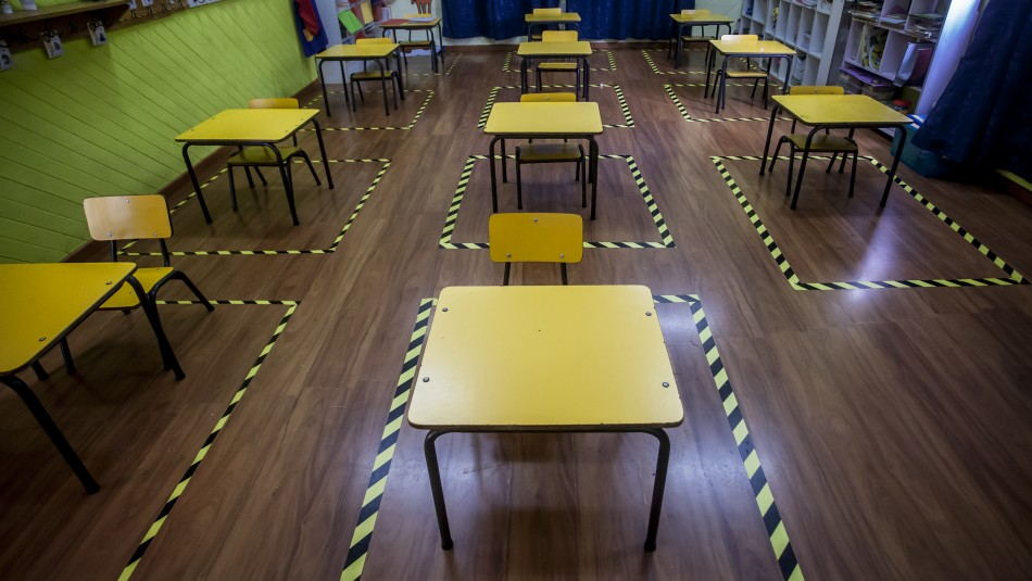 Cadem: Solo un 4% cree que clases presenciales deben volver después de Fiestas Patrias