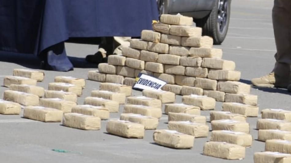 PDI incauta 590 kilos de cocaína: Líder de banda narcotraficante operaba desde la cárcel