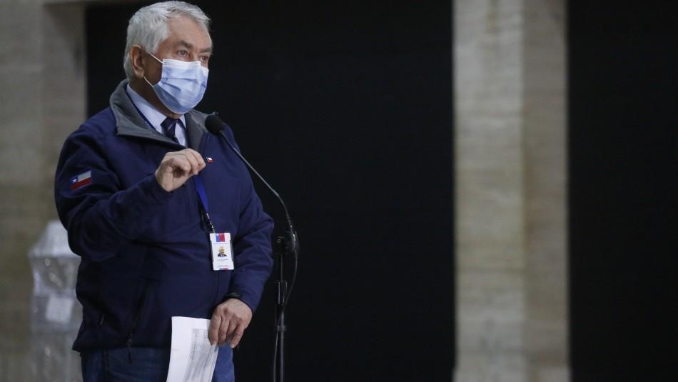 Paris eleva el tono en defensa de Mañalich por acusación constitucional: