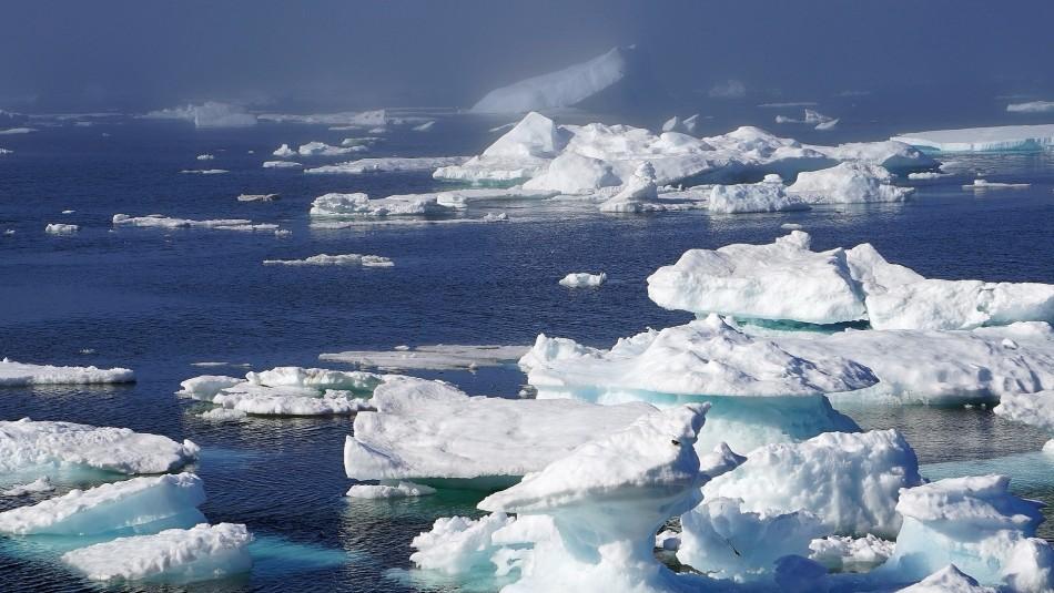 Satélite capta momento en que se rompe la última plataforma de hielo de Groenlandia