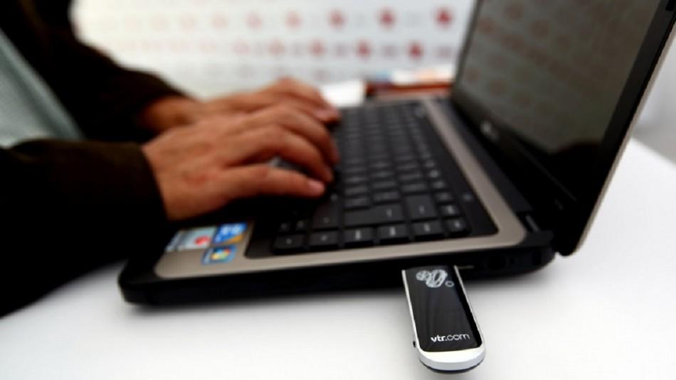 Usuarios reportan caída masiva de servicios de VTR