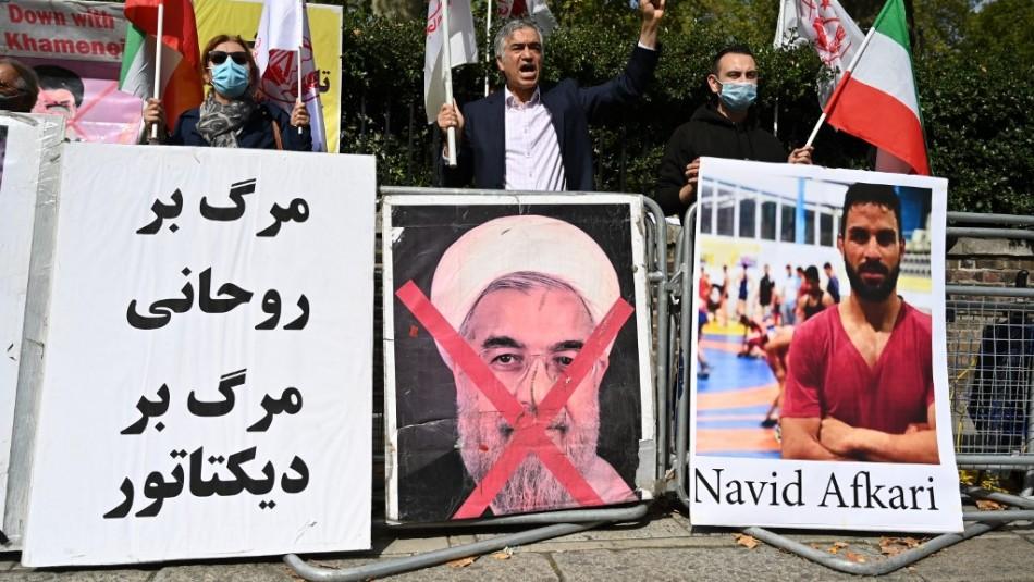 Conmoción: Irán ejecuta a joven campeón de lucha conforme a