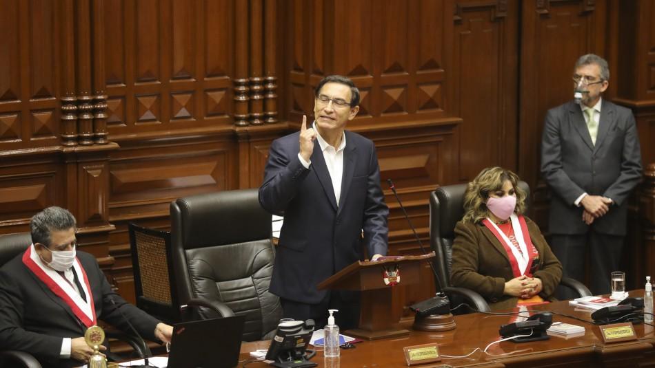 Congreso peruano rechaza destitución del presidente Martín Vizcarra