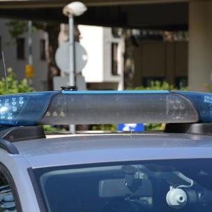 Adolescente admite haber lanzado tronco desde acantilado que mató a una mujer en Estados Unidos
