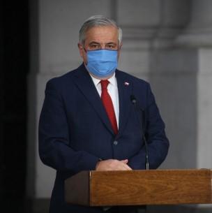 Fiscalía a Mañalich por investigación sobre muertes en pandemia: