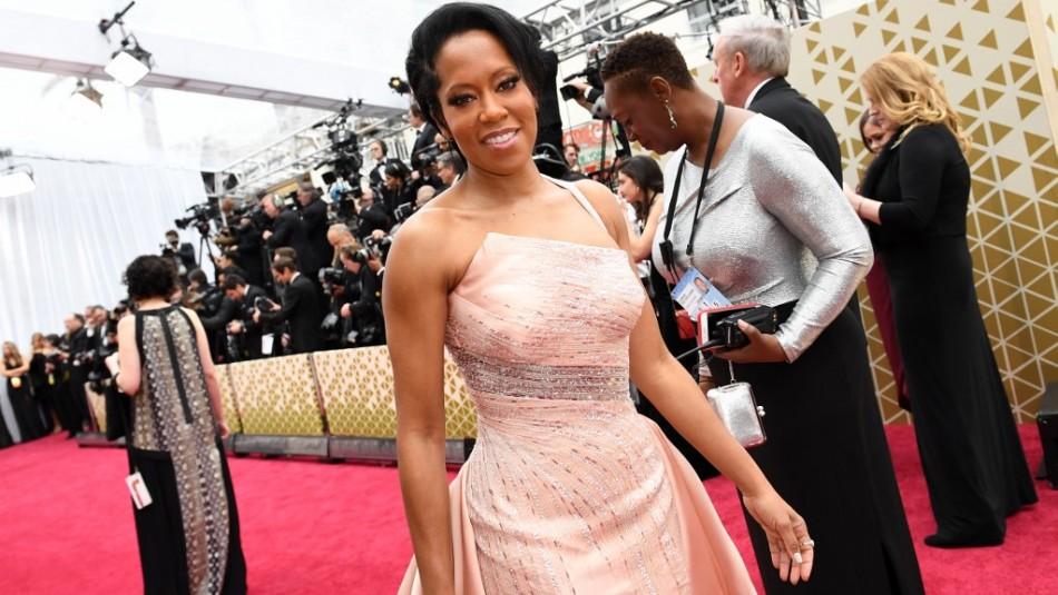 Emmys: Actriz de Watchmen luce polera con rostro de mujer afroamericana que murió en tiroteo