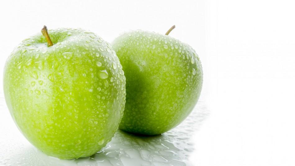 Alimento para los huesos: Conoce este y otros beneficios de la manzana verde