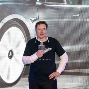 Acciones de SQM se desploman por anuncio de Elon Musk que baterías ocuparán menos litio