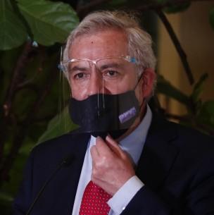 Suspenden a secretario del Senado tras solicitud de formalización por delitos sanitarios