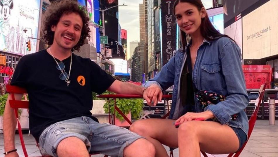 Luisito Comunica nuevamente es acusado de machismo tras posar en foto junto a su novia