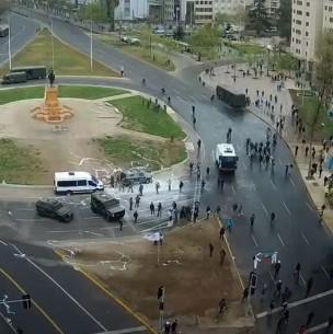 Nuevas manifestaciones dan paso a incidentes en Plaza Italia