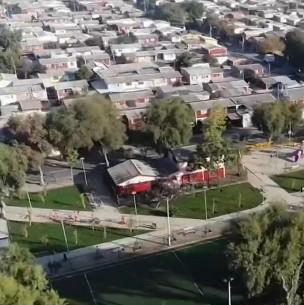 'Furia vecinal' en Pudahuel por construcción de edificio en zona destinada para área verde