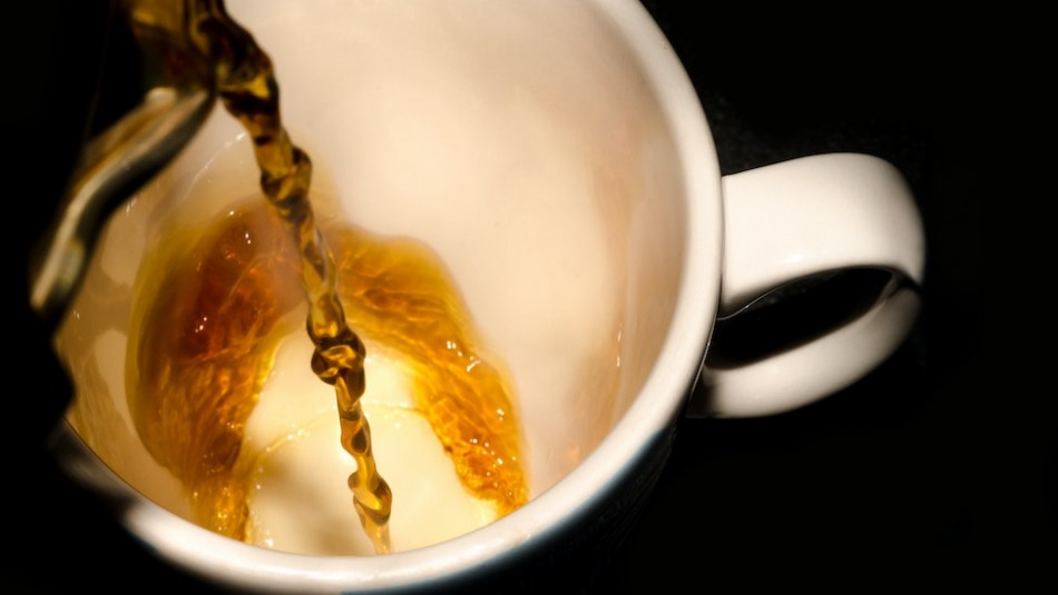 Conoce las poderosas propiedades y beneficios del té de canela con laurel