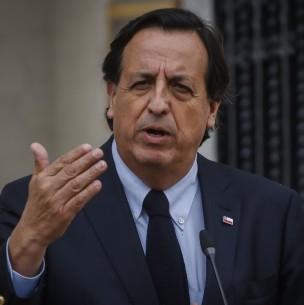 Ministro del Interior y uso de emblemas en Franja Electoral: