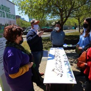 Vecinos de Las Condes se oponen a proyecto de integración social