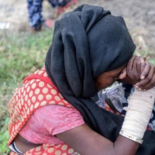 Buscan a una niña desaparecida en el basurero donde trabajaba en India