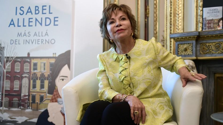 Isabel Allende recibe Premio Liber.